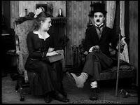 """Кадр из к/ф Чарли Чаплина """"Солнечная сторона"""" / Sunnyside (1919) - 27"""