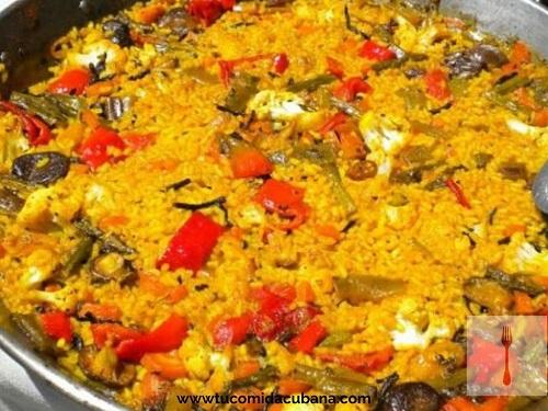 paella-vegetariana-comida-cubana