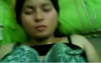 Bokep 3GP Video Janda Jablai Ngentot Memek Item Montok Tante Rani Enak Juga