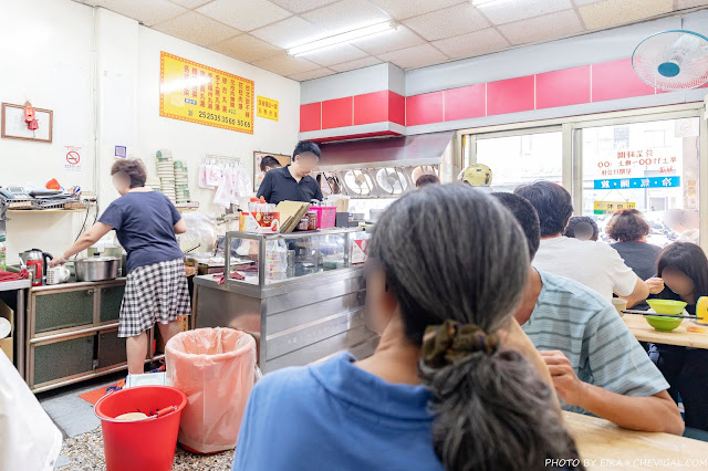 MG 3781 - 台北花枝肉羹甜不辣,非用餐時段也是人潮滿滿,還有網友推薦手工燕丸脆彈好吃