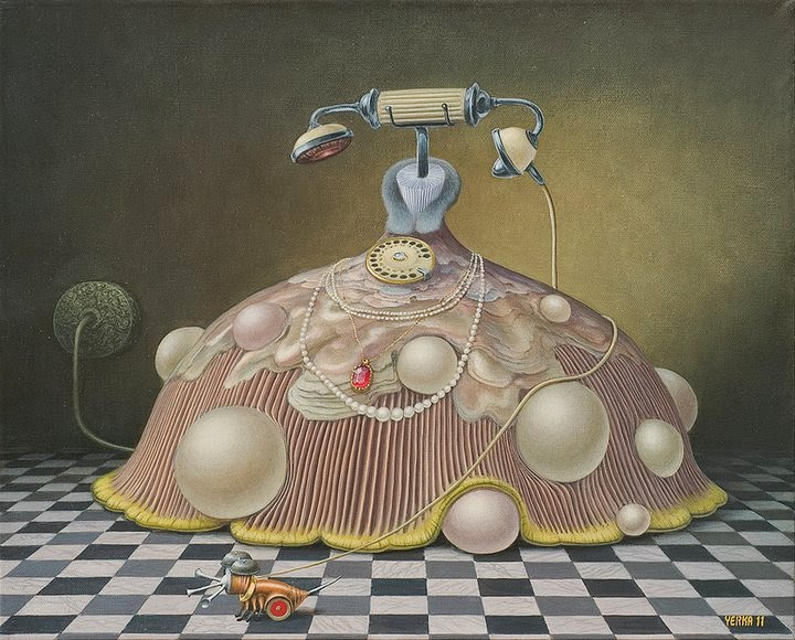 08-Her-Majesty-Pearl-Telephony-Jacek-Yerka-Surreal-Paintings-Parallel-Universes-www-designstack-co