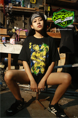 Foto Model Kaos Distro Bandung