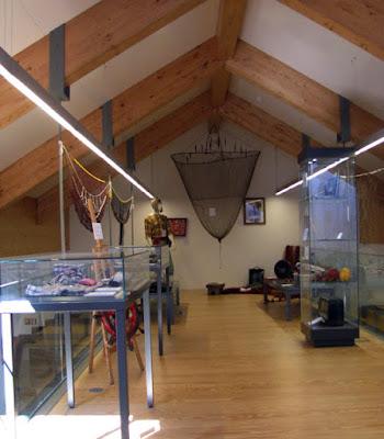 Espaços de exposição de objetos no Centro Interpretativo da Afurada
