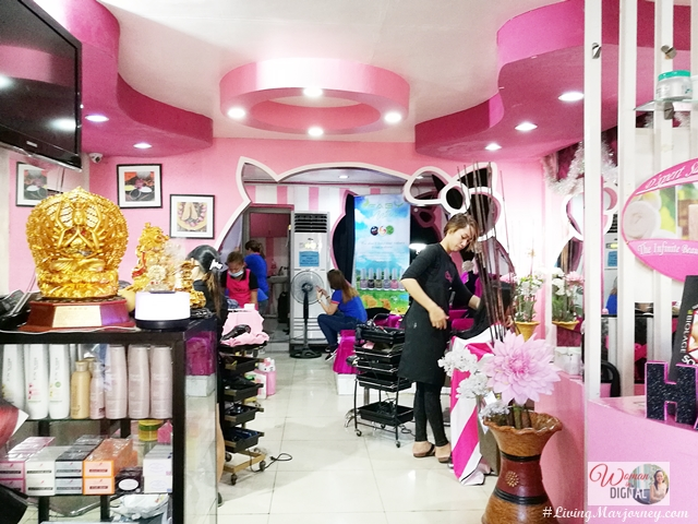 Hello Kitty Salon in Makati