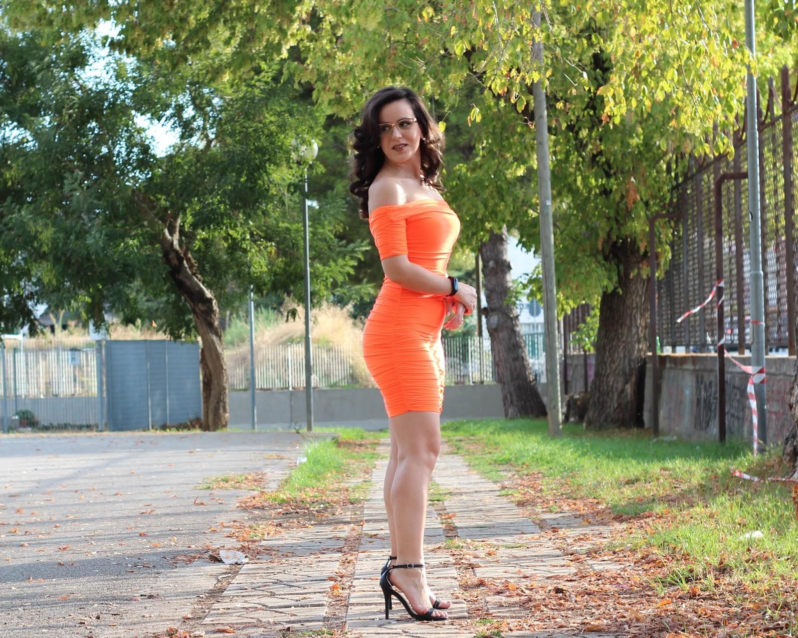 Vestiti da donna arancione corto 18 anni