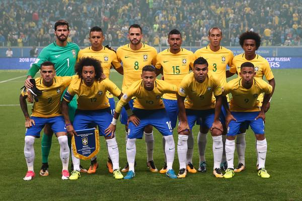 قائمة البرازيل أمام بوليفيا وبيرو