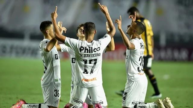 Santos atropela The Strongest e se reabilita na Libertadores