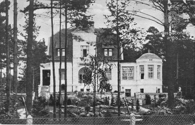 """1910 год. Vasarnīca """"Villa Adele"""" Hamburgas ielā Ķeizarmežā (no 1923. gada Mežaparks) Rīgā (источник фото: Apvienotais arhīva fonds LVKFFDA)"""