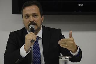 http://vnoticia.com.br/noticia/2462-esquema-de-cabral-na-saude-causou-prejuizo-de-ao-menos-r-173-milhoes-diz-mprj