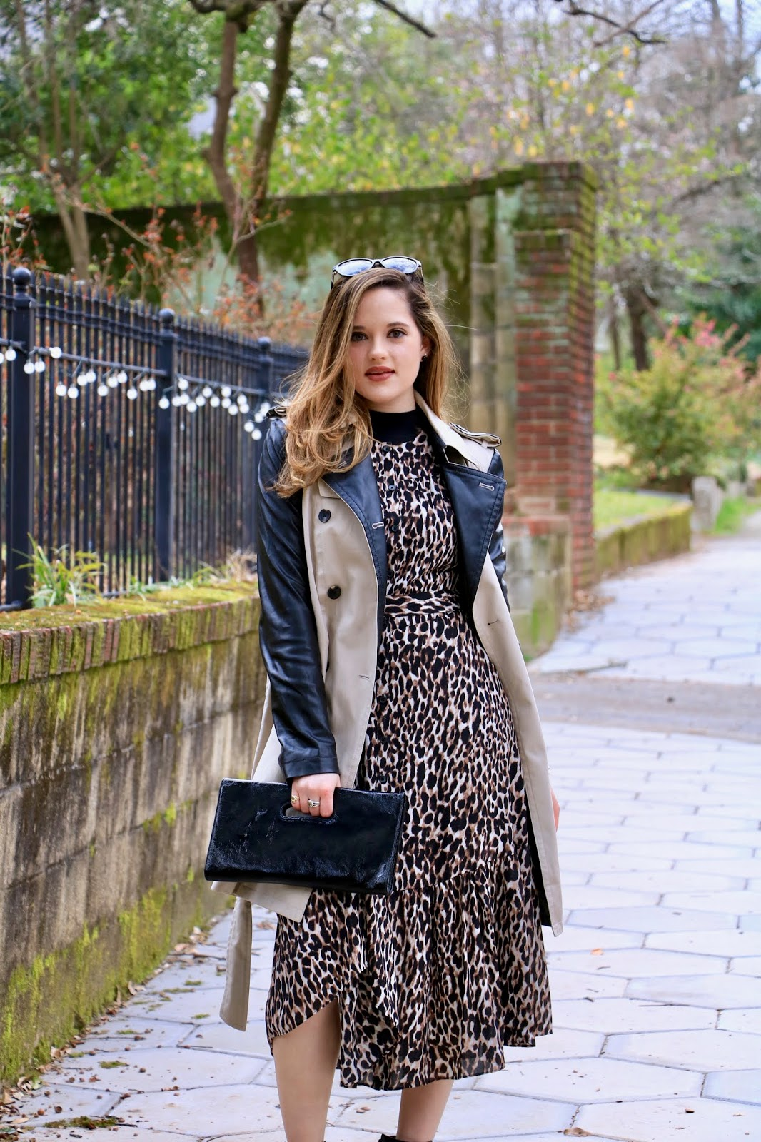 Nyc fashion blogger Kathleen Harper wearing a spring work outfit.