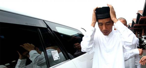 """""""Tak Respon Soal Penolakan Menara Masjid Sentani, Jokowi Bisa Dianggap tak Berpihak ke Islam"""""""