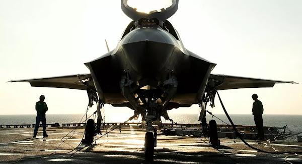 Tensions en Asie: des chasseurs F-35 américains à bord de navires japonais