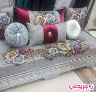 اخر موديلات الافرشة للصالون المغربي