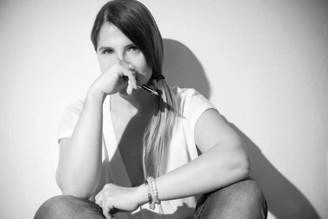 Magela Gracia Historia de la Amante Venus Rey Jr