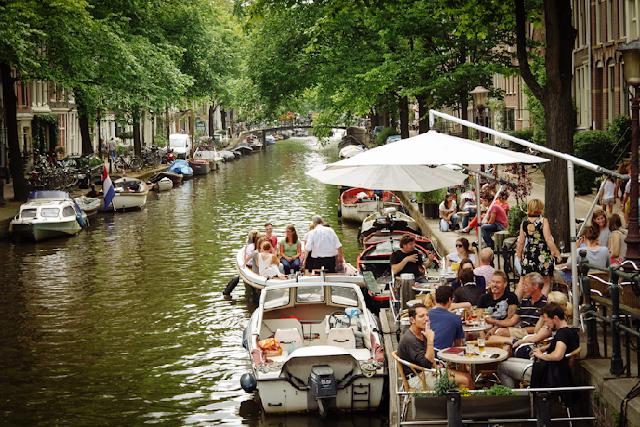 Bairro Jordaan em Amsterdã na Holanda