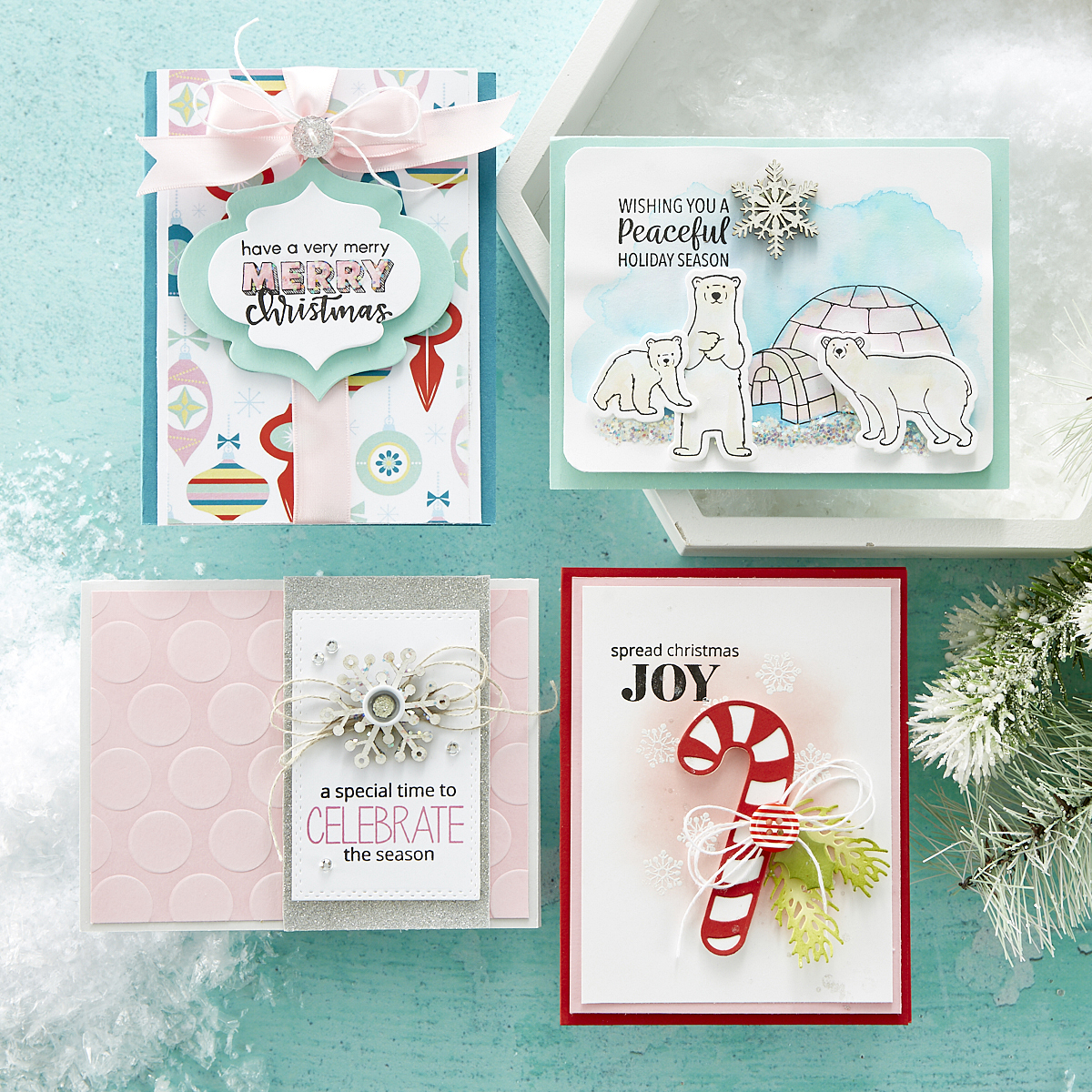 Make these amazing holiday cards along with a video tutorial from FSJ + Spellbinders, with the Joy and Wonder project kit. #spellbinders #funstampersjourney #holidaycards