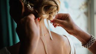 تصفيف شعر العروس وتسريحة الشعر