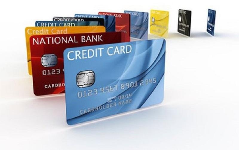 Thẻ tín dụng là gì? Có nên làm thẻ tín dụng hay không?