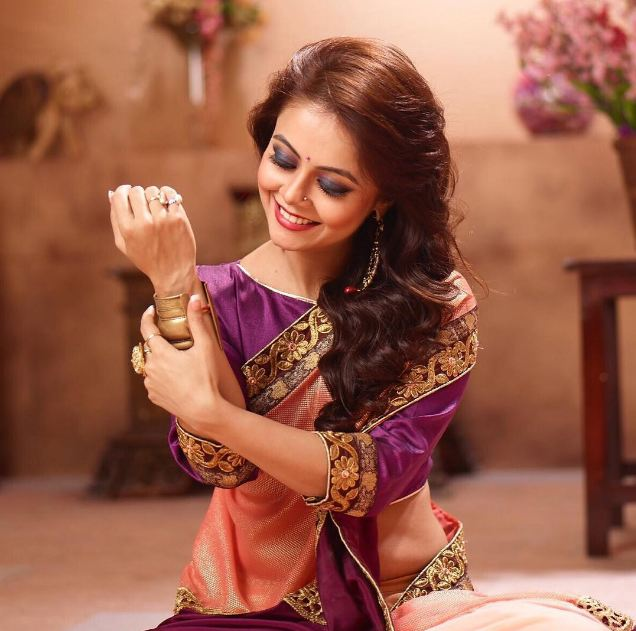 devoleena bhattacharjee income
