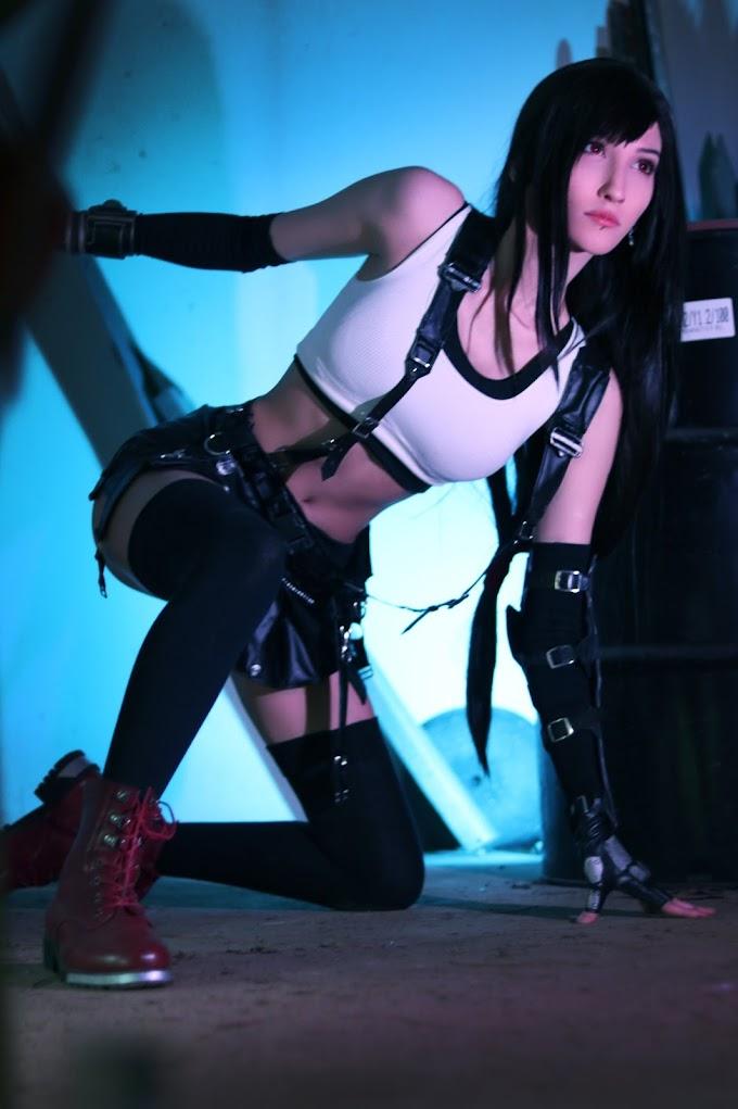 Veenacos con su cosplay de Tifa Lockhart