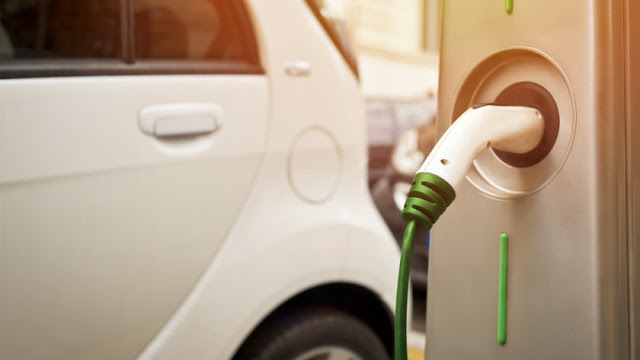 5 Things You Should Know Before Buying an Electric Vehicle