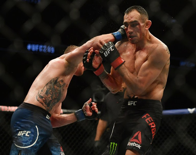 Justin Gaethje batters Tony Ferguson UFC 249