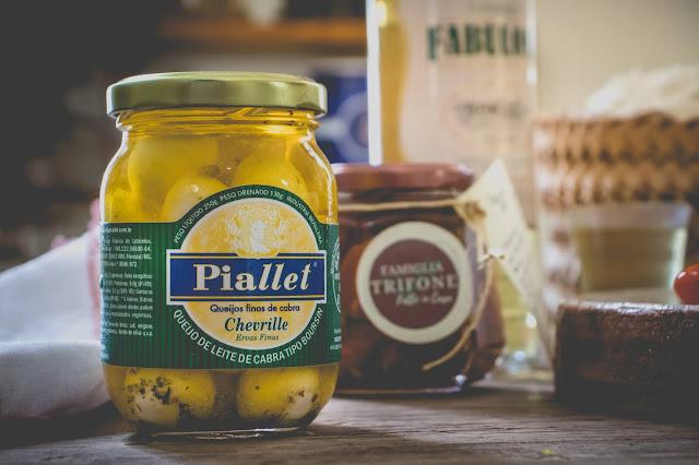 Queijo Chevrille com Ervas - Laticínios Piallet