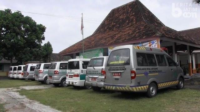 Buntut Ambulans Bawa Kambing, Kepala Desa Geruduk Kantor Camat di Lumajang