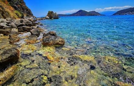 Τα δέκα καλύτερα ελληνικά νησιά για τις φετινές οικογενειακές διακοπές