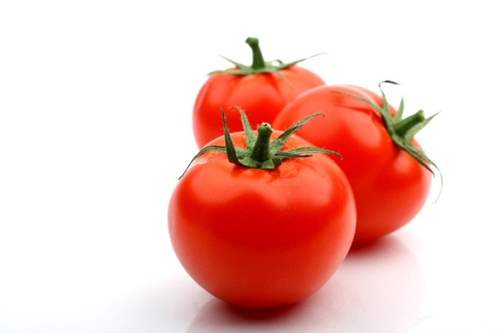 manfaat tomat bagi kesehatan tubuh