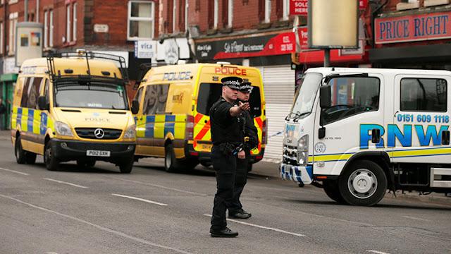 Reino Unido: Arrestan a cuatro supuestos miembros de un grupo neonazi por sospechas de terrorismo