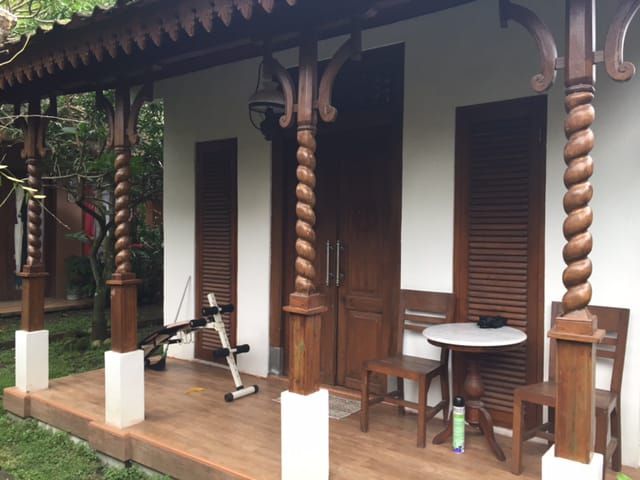 Rumah Joglo Luxury Pinggir Jalan Timur Sleman City Hall di Jl, Gito - Gati Palagan km 9