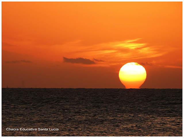 Atardecer en el mar -Chacra Educativa Santa Lucía
