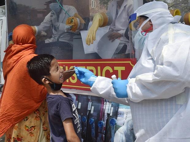 भारत में चीन से ज्यादा लोगो के सम्पर्क में आने से हुए संक्रमण