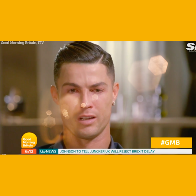 كرسيانو رونالدو يدرف الدموع بعد مشاهدة فيديو والده