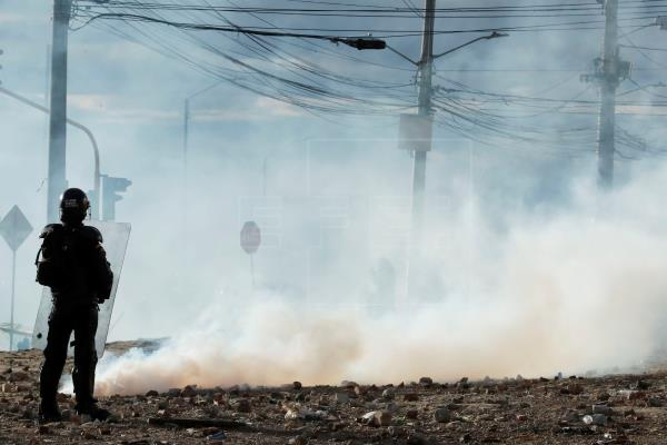 NUEVOS DISTURBIOS EN BOGOTÁ DEJAN DECENAS DE AFECTADOS Y LESIONADOS