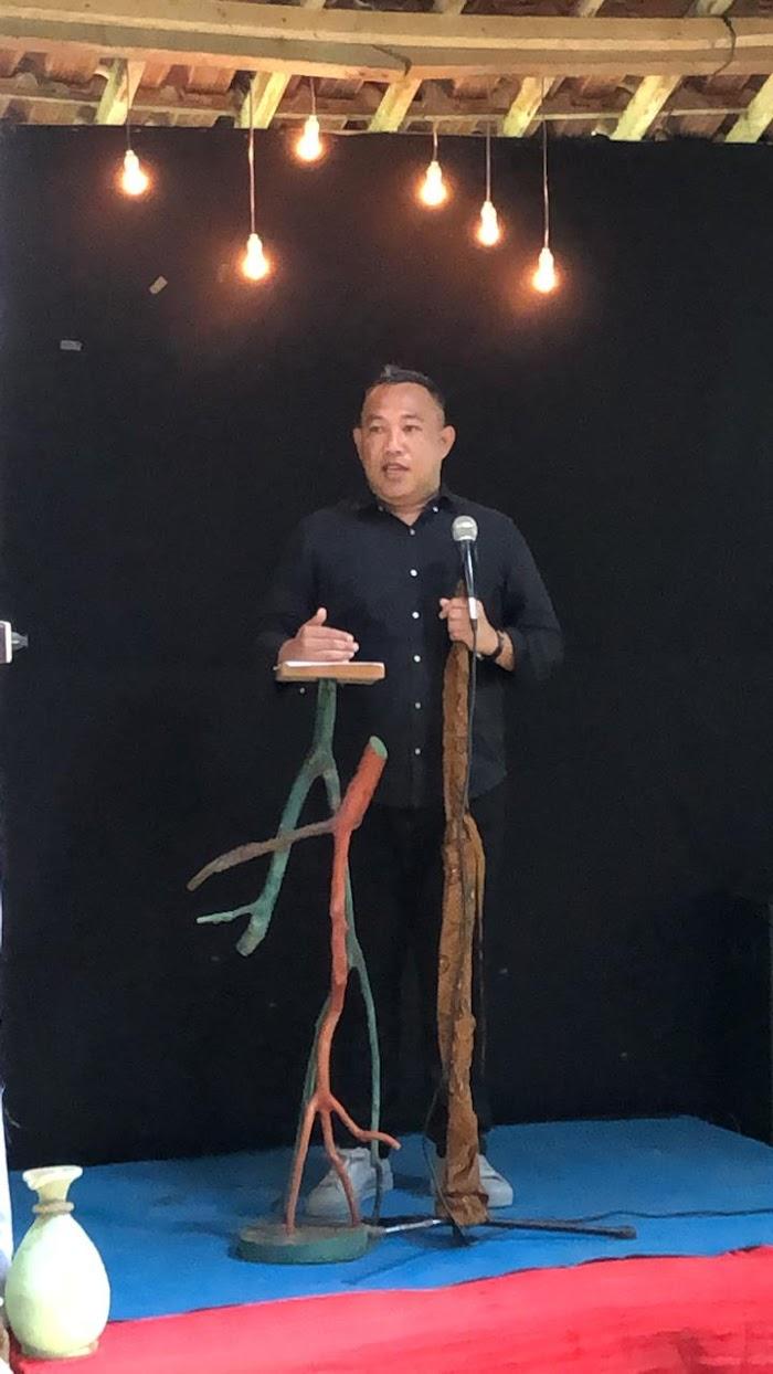 """Bupati  Umar Ahmad Menyampaikan Pidato Kebudayaan  Dalam Rangka Pra-Launching """"The Djausal Center"""