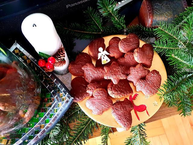 pierniczki,puchate miękkie pierniki, szybkie pierniki,najlepsze pierniki,pierniki na choinkę, pierniki świąteczne,Boże Narodzenie,z kuchni do kuchni,top blog kulinarny,