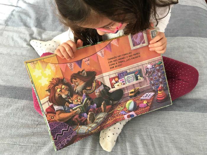 Cuento, libro infantil Mi familia es especial, diversidad familiar