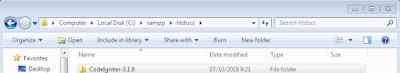 paket codeigniter di dalam folder xampp htdocs
