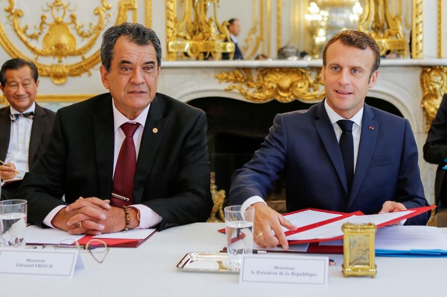 Édouard Fritch, le président polynésien testé positif au Covid-19, peu après sa rencontre avec Macron