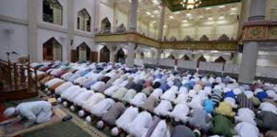 Ramadhan Saat Pandemi Corona: MUI, NU, dan Muhammadiyah Serukan Shalat Tarawih di Rumah