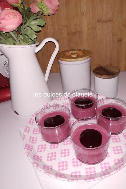 pannacotta de frutos del bosque