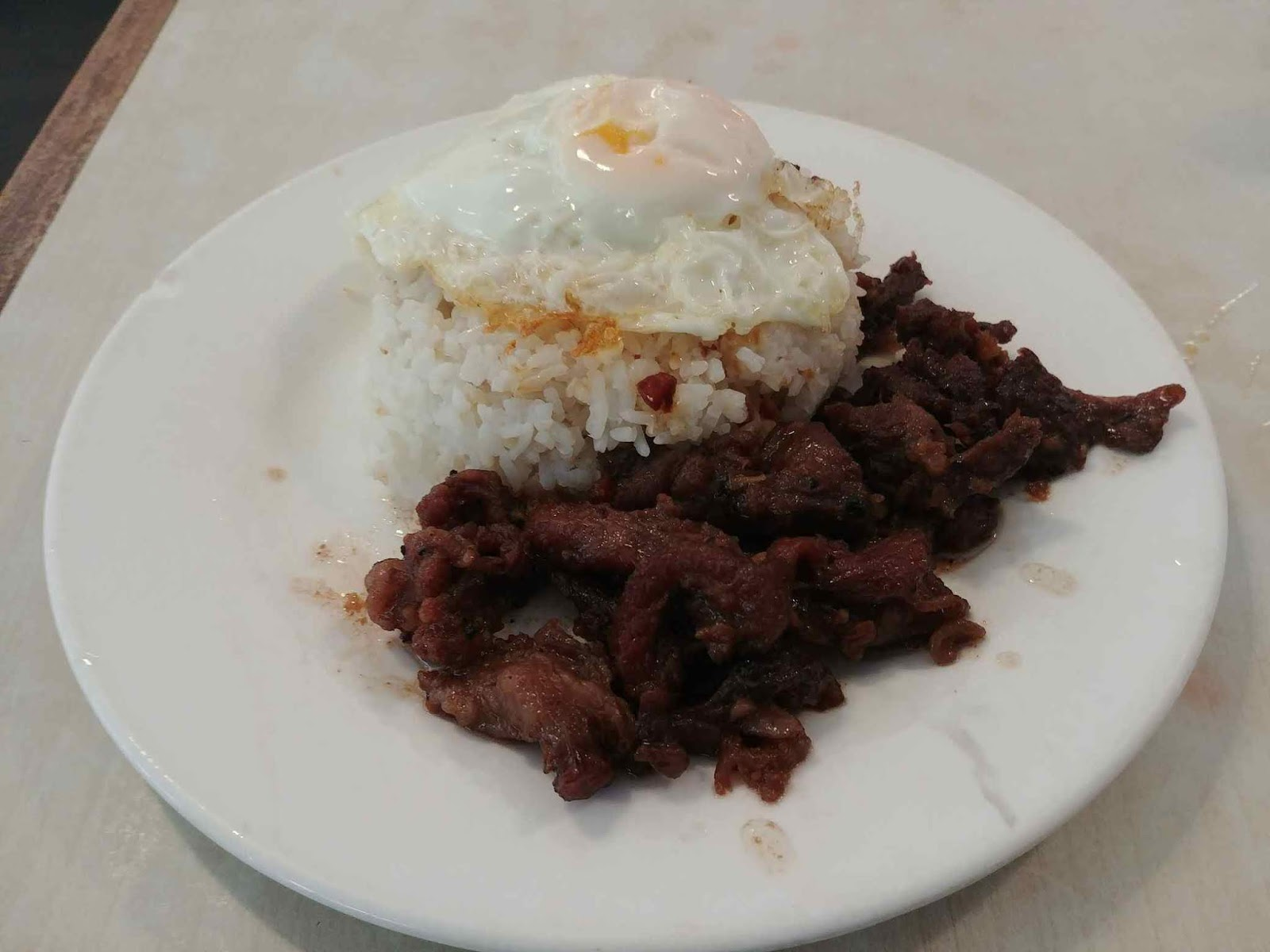 Tapsi ni Vivian's tapa, sinangag, and itlog or more popularly known as tapsilog