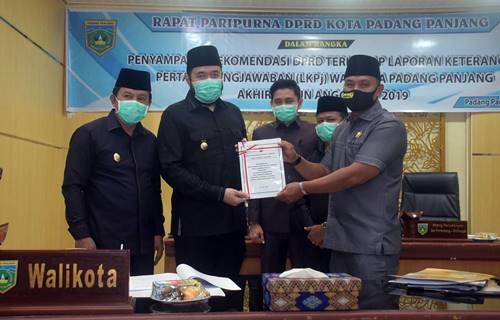 Walikota Fadly : Rekomendasi DPRD Akan Menjadi Pertimbangan Untuk Memaksimalkan Kinerja Pemerintahan