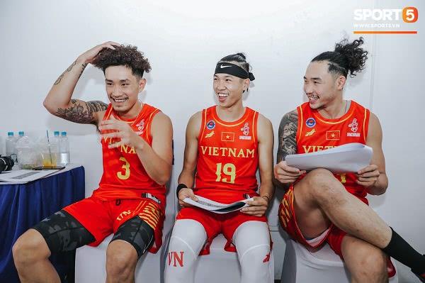 Đồng phục đội tuyển bóng rổ Việt Nam thi đấu SEA Games 30 8