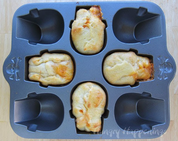 Stuffed Pizza Skulls Hungry Happenings Video Tutorial