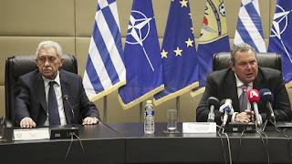 Ένας άσχετος χειρίζεται στρατιωτικά θέματα και εκθέτει τη χώρα σε χλευαστικές επιθέσεις