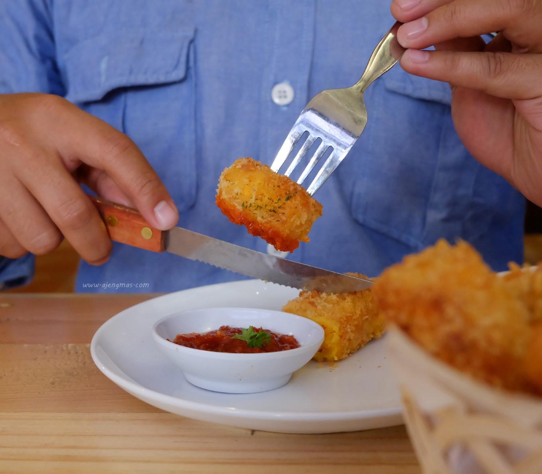 menu-makanan-noe-coffee-kitchen-review-tempat-ngopi-jogja-ajengmas