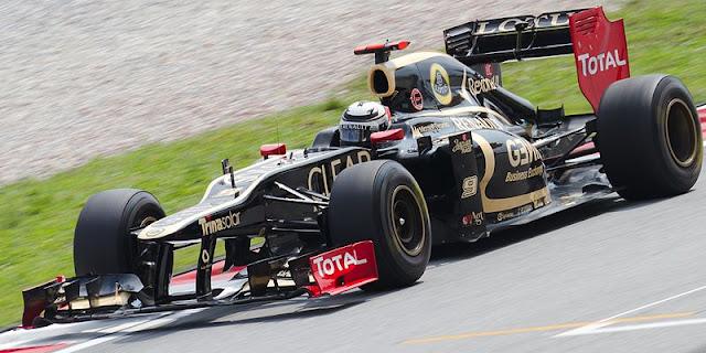 Gambar Mobil Balap F1 Lotus 02